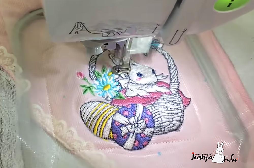 ปักเสื้อไหมพรม ลายปักกระต่ายด้วยจักรมิกกี้ NV180D by Jeabja Fufu